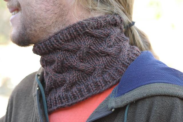 Mens Cowl Knitting Pattern : Mens Star Crossed Cowl - Free Pattern Flickr - Photo Sharing!