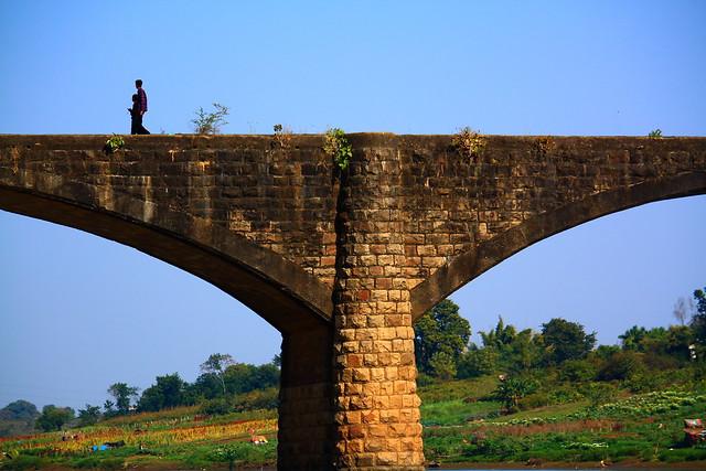 Abandoned bridge at Tilwara Ghat in Jabalpur, India.