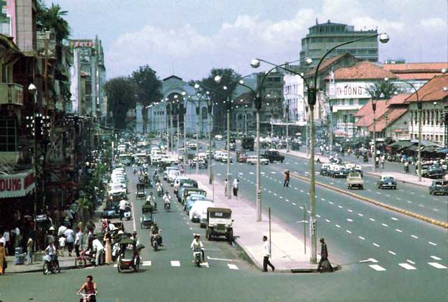 Saigon - Le Loi Avenue