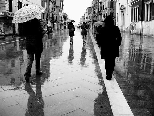 Sotto la pioggia pagina 20 for Sotto la pioggia ombrelli