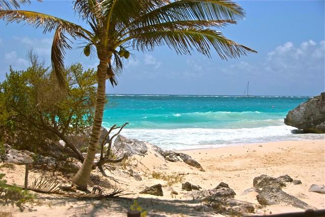 Playa del Carmen, Tulum - Flickr CC carlosvanvegas