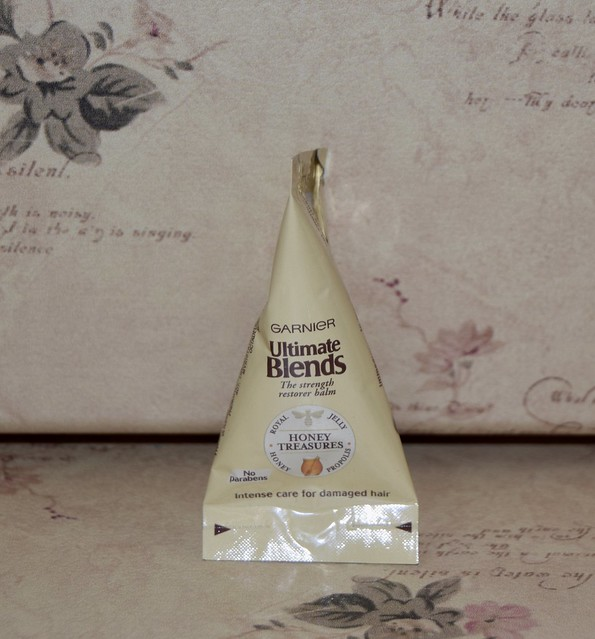 Garnier - Ultimate Blends Honey Treasures Strength Restorer Balm