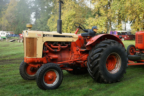 Case Comfort King : Tractors and other farm equipment flickr