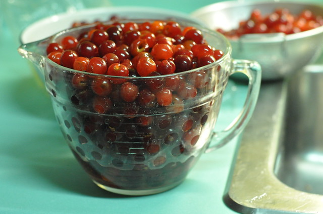 10 cups pitted cherries