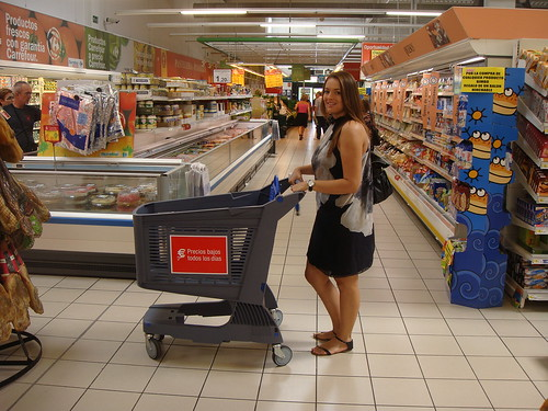 Shop smart in foreign supermarkets - picture by Flickr user Polycart