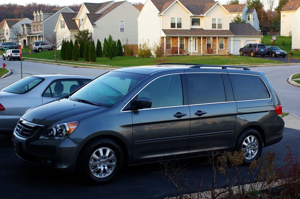 How Do Car Dealers Get Wheels So Shiny