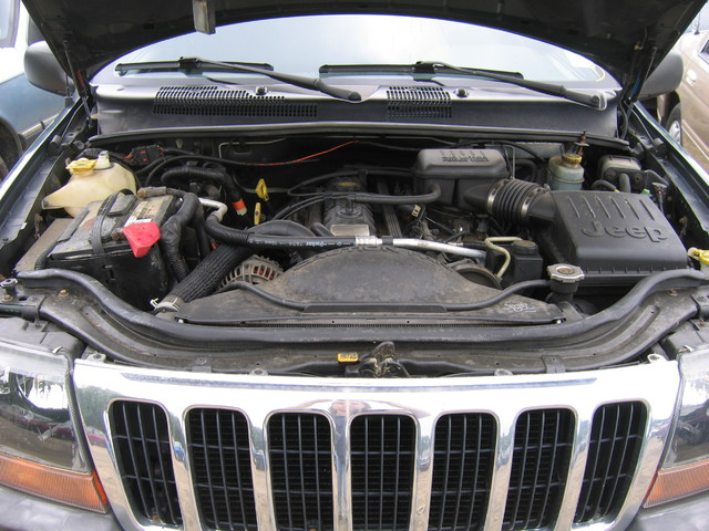 now parting out a 2000 jeep grand cherokee east coast auto salvage. Black Bedroom Furniture Sets. Home Design Ideas