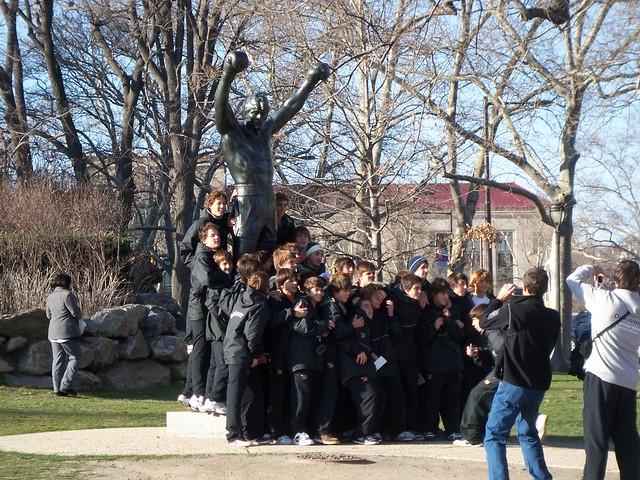 argentinean team + rocky statue