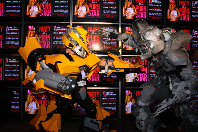 bumblebee vs megatron transformer costume | Flickr - Photo ... Bumblebee Vs Megatron