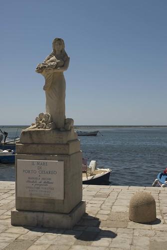 Manuela Arcuri a Porto Cesareo