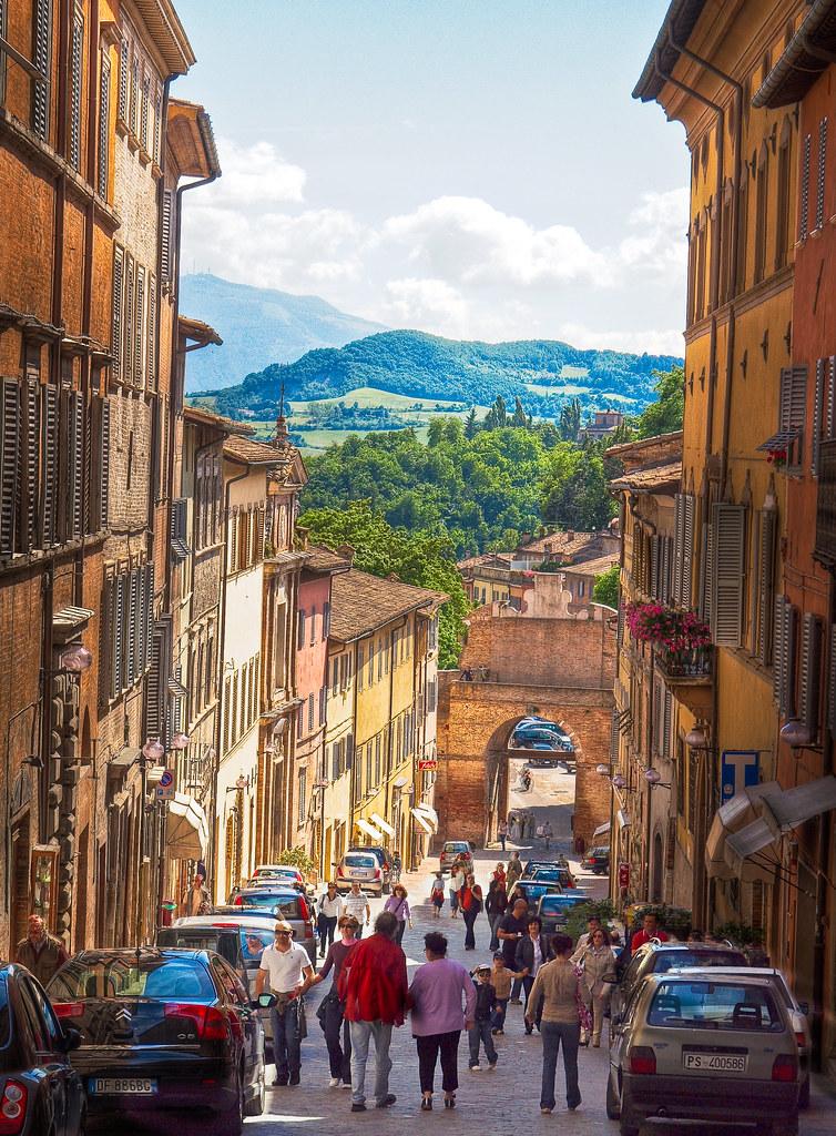 Urbino Italy Pictures Mazzini in Urbino Italy