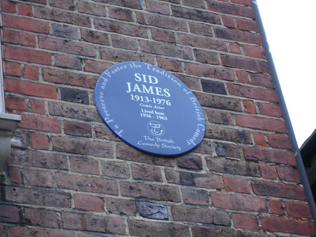 Sid James blue plaque - Sid James  1913-1976  Comic Actor  Lived here  1956 - 1963