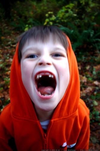 nick shows his vampire tendencies    MG 9526
