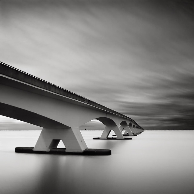 Bridge Study V - The Other Side por Julius Tjintjelaar