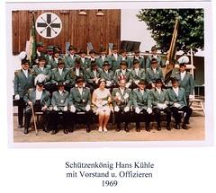 1969, Schützenkönig Hans Kühle mit Vorstand und Offizieren, SW110