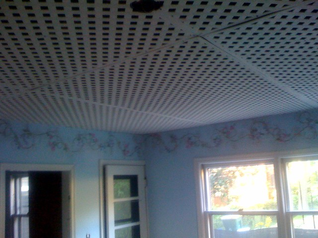 Lattice ceiling also known as the world 39 s worst design for Ways to finish a ceiling