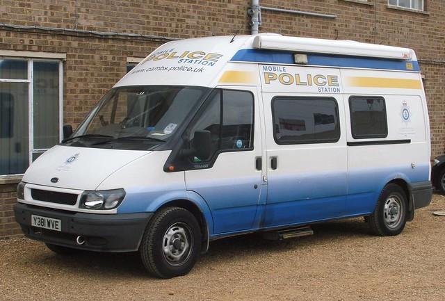 cambridgeshire police ford transit mobile police station. Black Bedroom Furniture Sets. Home Design Ideas