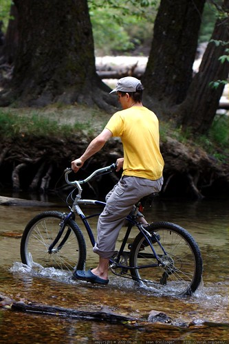 daniel fording a stream on his schwinn cruiser    MG 4482