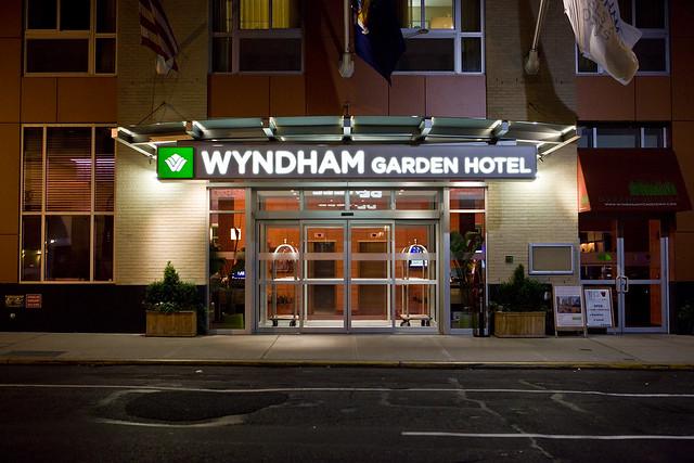 Hotel Wyndham Garden Berlin Osloer Strabe