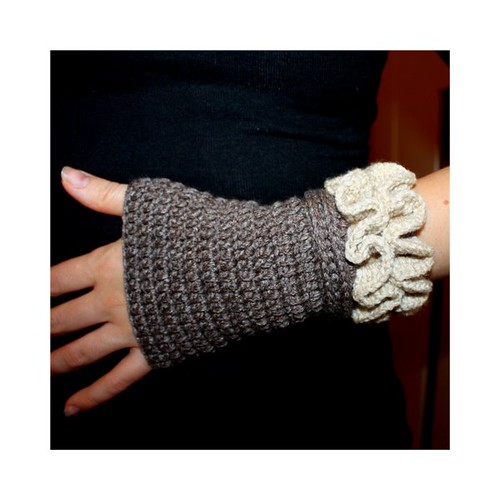 How to Make Arm Warmers - DIY Fashion