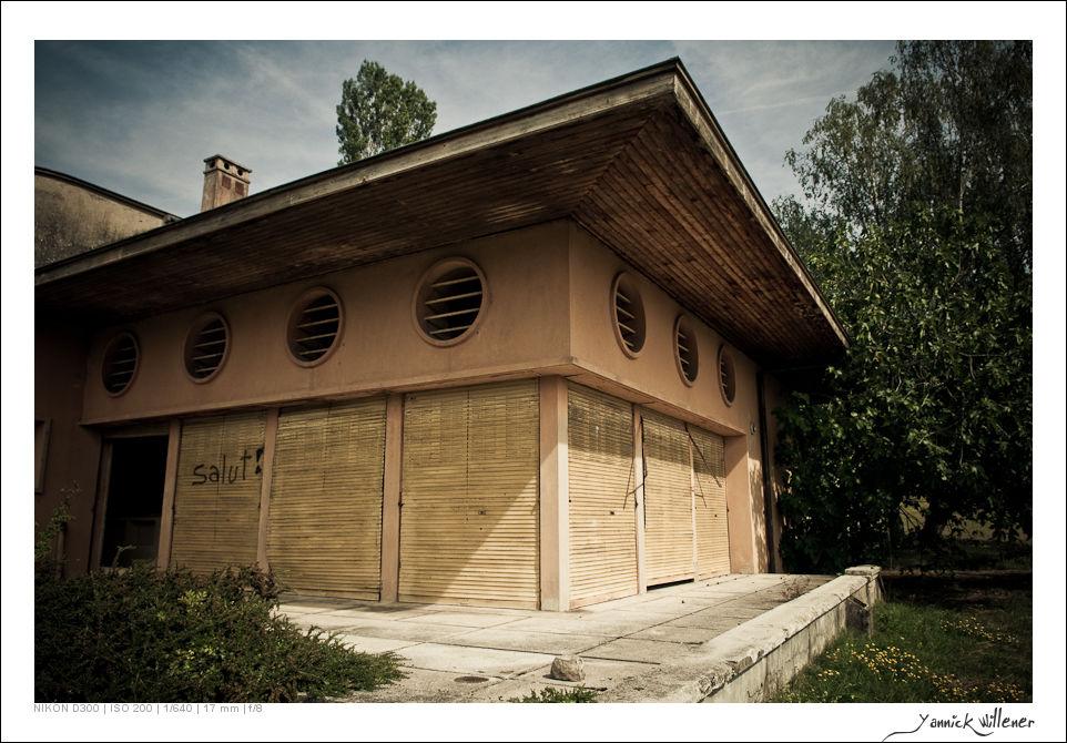 pixelistes urbex de yannickw villa de le corbusier abandonn e urbex. Black Bedroom Furniture Sets. Home Design Ideas