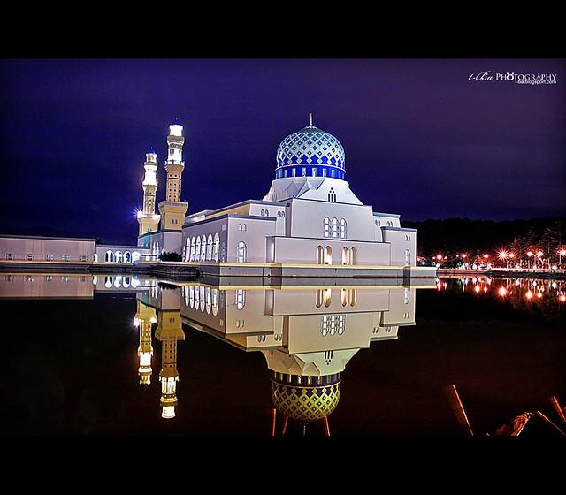 مسجد مدينة كوتا كينابالو \ Kota Kinabalu CityMosque) في ماليزيا 3975857363_c084c6680b_z