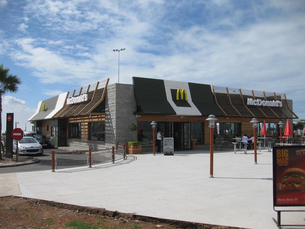 Les enseignes fast food pizza au maroc les for Casa mcdonald