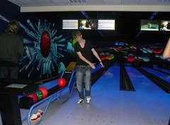 team sport(0.0), screenshot(0.0), individual sports(1.0), sports(1.0), ball game(1.0), ten-pin bowling(1.0), bowling(1.0),