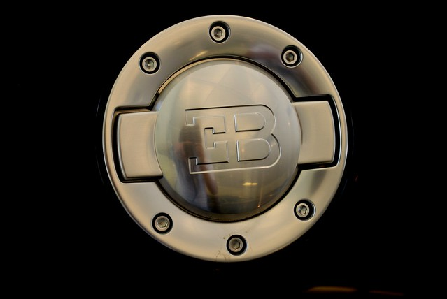 bugatti veyron gas oil cap flickr photo sharing. Black Bedroom Furniture Sets. Home Design Ideas