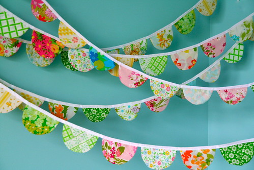 scalloped fabric garland