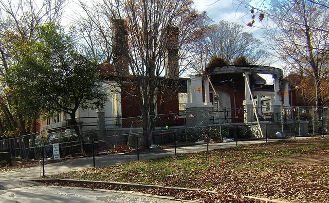 PB281982-2009-11-28-Goose-Burned-Paideia-School