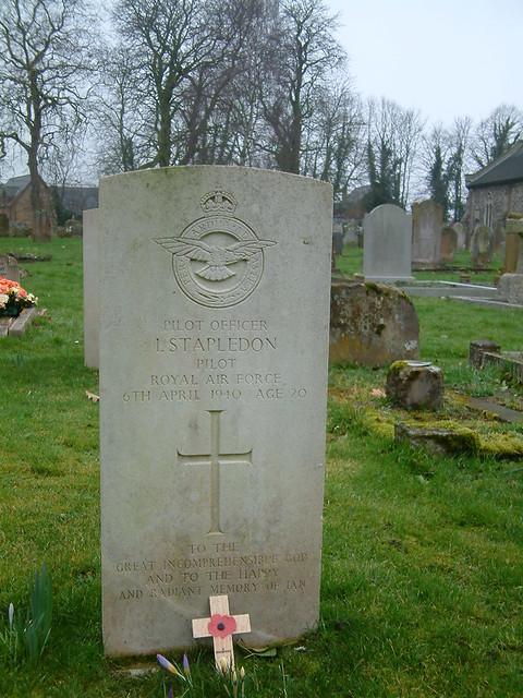 Pilot Officer Stapledon RAF 1940