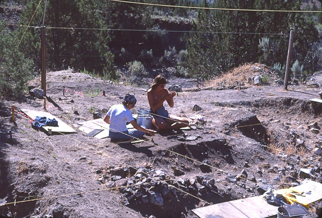 Archaeological Excavations at a prehistoric American Indian site in North-central Oregon (USA), 1977