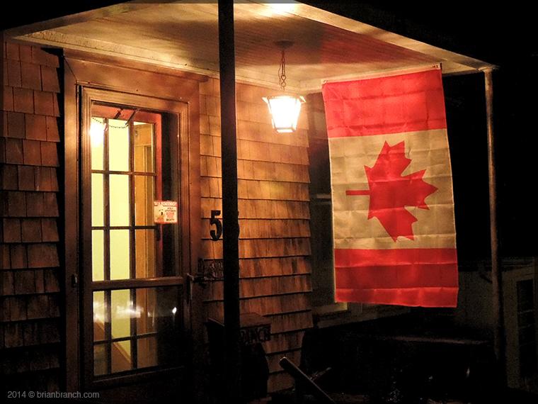 DSCN6502_canadian_flag