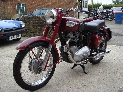 Royal Enfield Meteor 700 1955