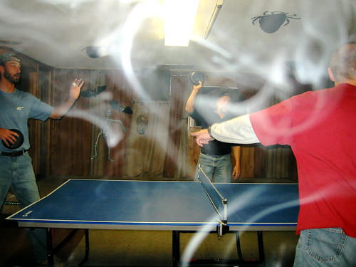 Kro Bar Ashtray Pong
