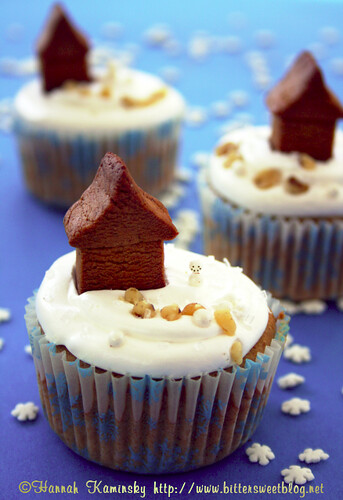 Minature Gingerbread House Cupcakes