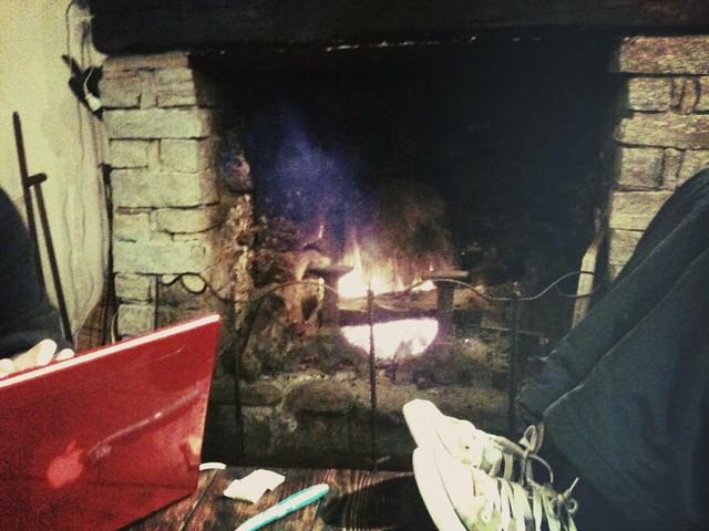 Soirée raclette au coin du feu