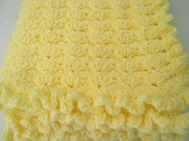 Free Crochet Pattern Lap Blanket : CROCHET LAP BLANKET PATTERN ? Crochet For Beginners