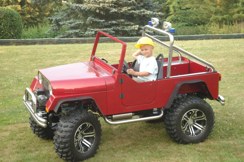 4 wheel drive kids car with gasoline engine