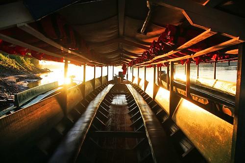 peru southamerica sunrise river boat amazon rainforest jungle amazonia madrededios peruvianamazon