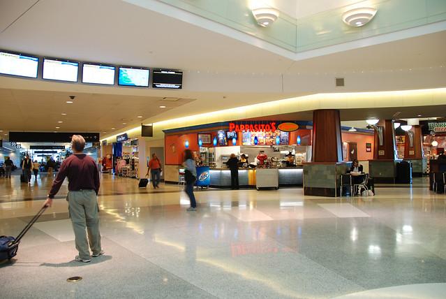 Hobby Airport Car Rental Advantage