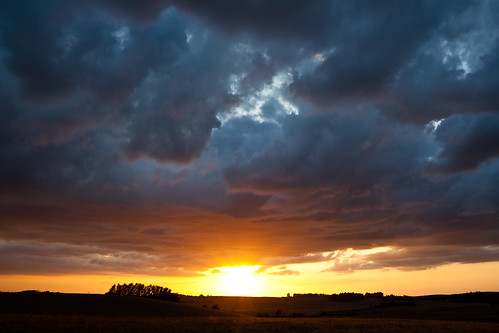 blue sunset red sky orange yellow landscape skåne sweden canonefs1785mmf456isusm hyby klågerup