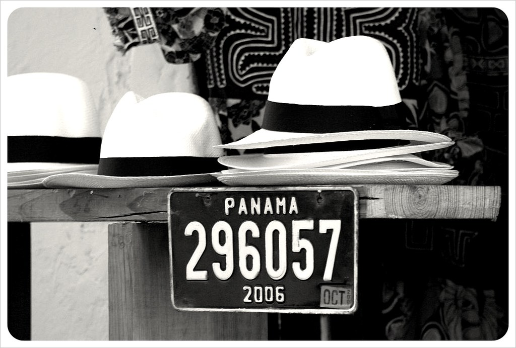 Panama hats bw