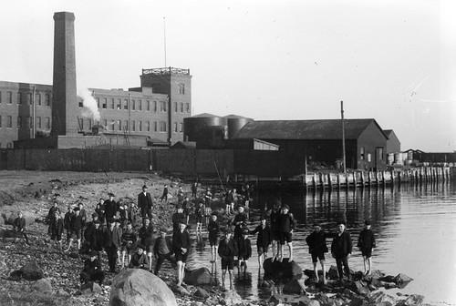 Children from Bethlehem Orphan Asylum on Beach, College Point, ca. 1905