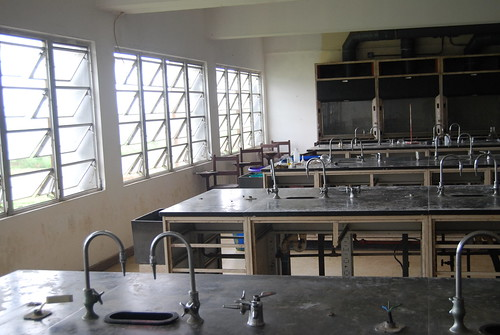University of Liberia - Chemistry Lab