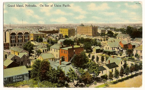 Vintage Postcard of a nice town view of Grand Island, Nebraska