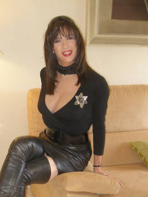 Leather legs part 3 - 09-10-27-32