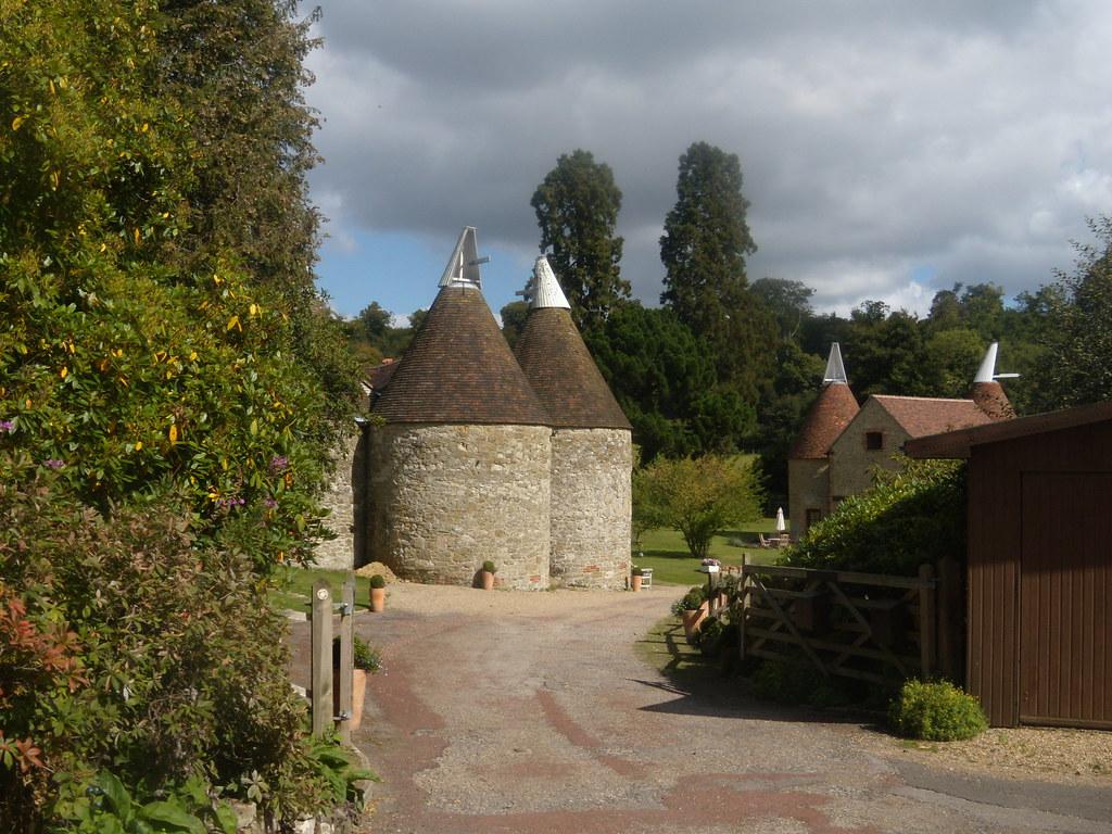 Oasthouses Edenbridge to Westerham