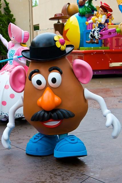 Disneyland Aug 2009 - Pixar Play Parade